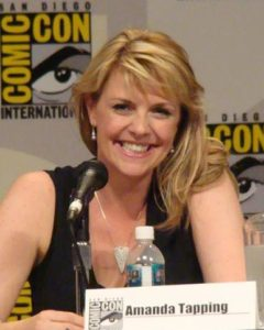 Amanda Tapping at comic con 2007. Attribution required, please credit Jill Bratcher c2007 or Jill B./MajorSamFan c2007